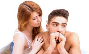 Cum sa nu iti distrugi relatia in timp ce va petreceti tot timpul impreuna